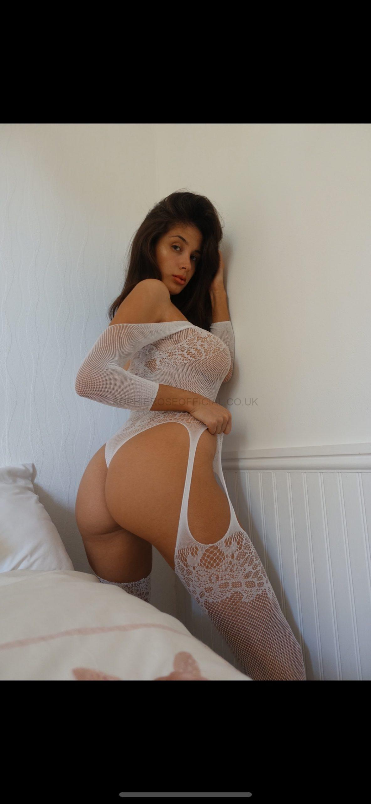 One piece….. netting is comfy😋😋